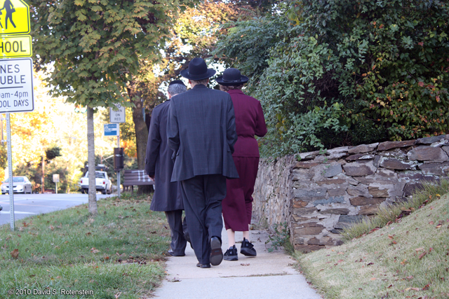 Walking to synagogue on the Sabbath inside the eruv. Photograph by David Rotenstein, October 2010.