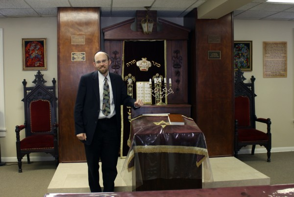 Rabbi Chaim Lindenblatt inside the Anshi S'Fard Synagogue