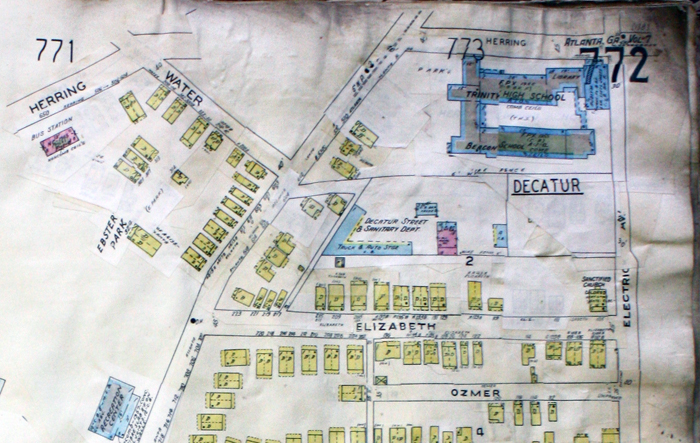 Beacon and Trinity schools (upper right). Sanborn Map Company fire insurance map.