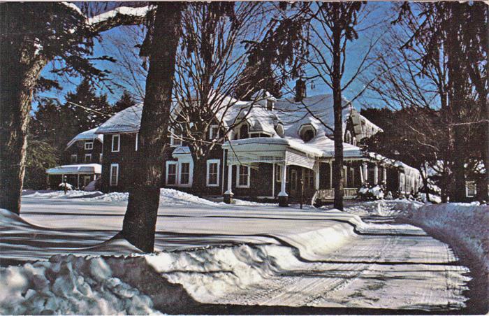 Pine Knob Inn c. 1970s. Postcard.