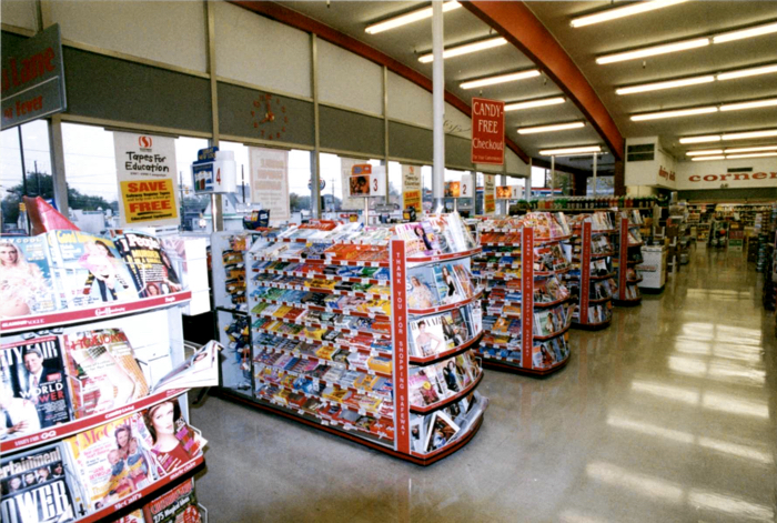 Four Corners Safeway store interior showing vaulted roof. Photo courtesy Safeway, Inc.