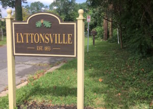 lyttsonville-sign